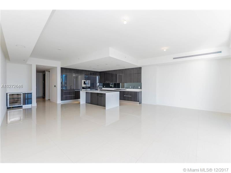 3300 188th st-313 miami--fl-33180-a10272646-Pic16