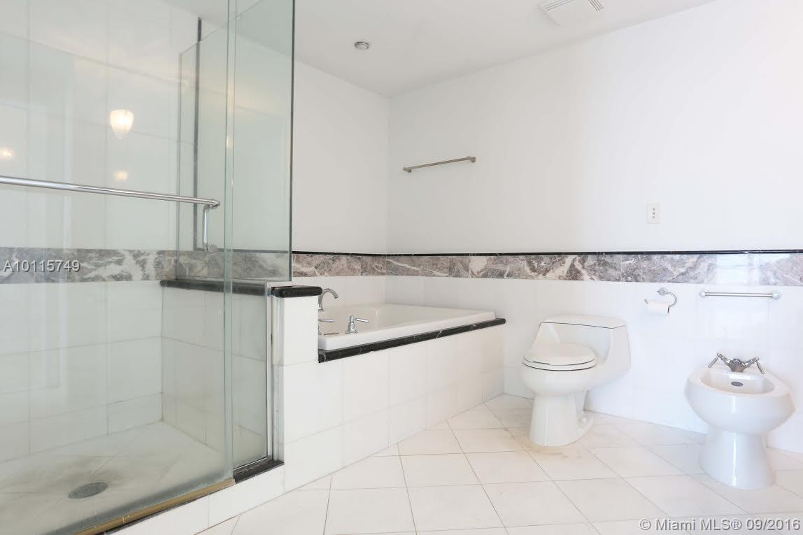 540 West av-1613 miami-beach--fl-33139-a10115749-Pic03