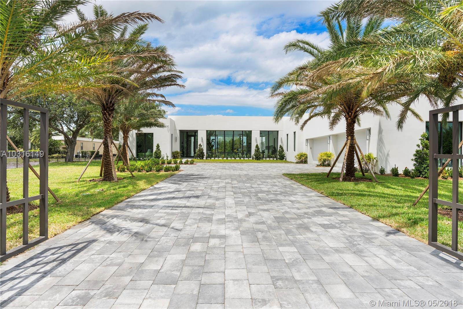 17125 Reserve Ct - Southwest Ranches, Florida