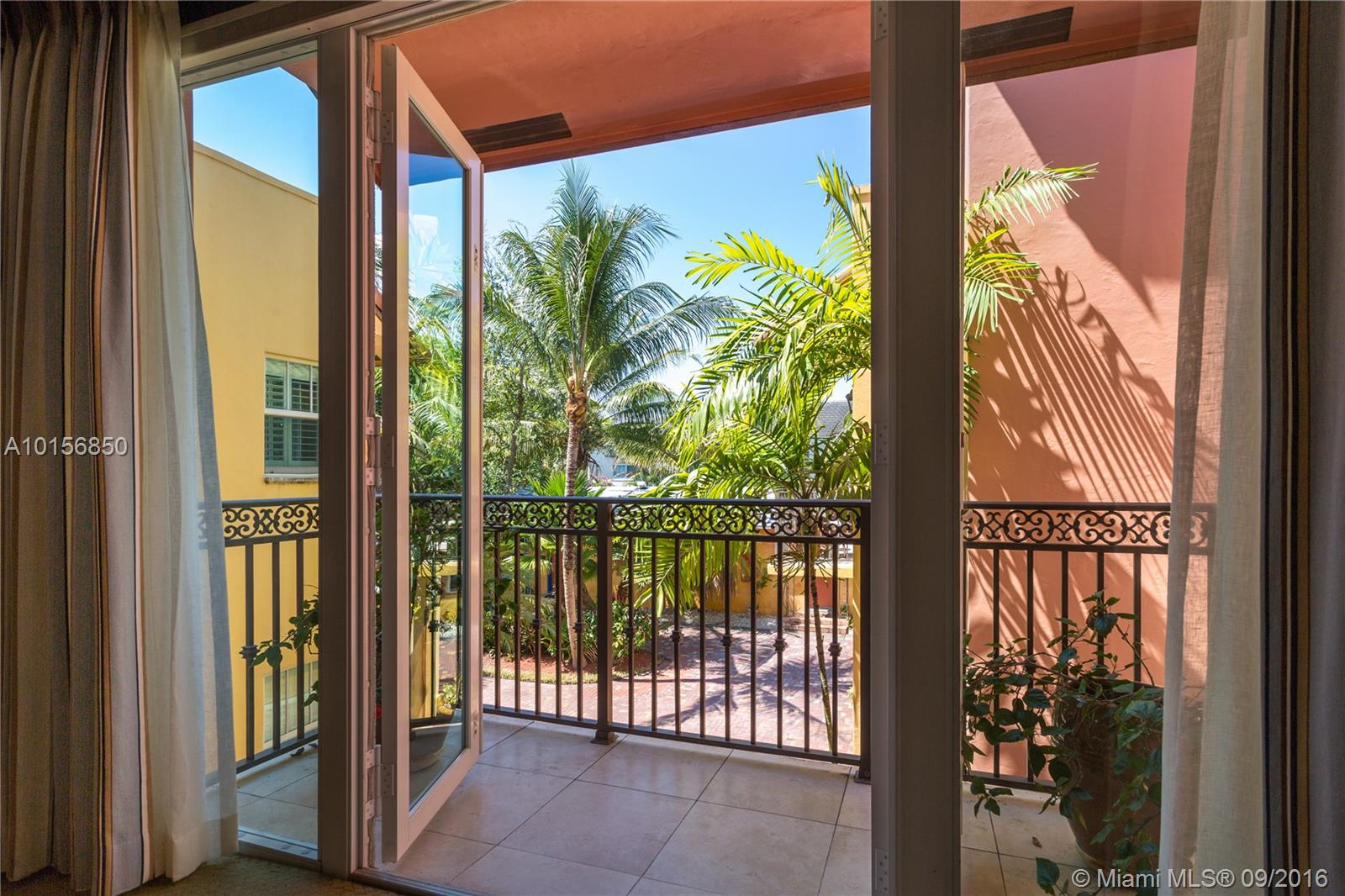 1132 17th way- fort-lauderdale--fl-33304-a10156850-Pic13