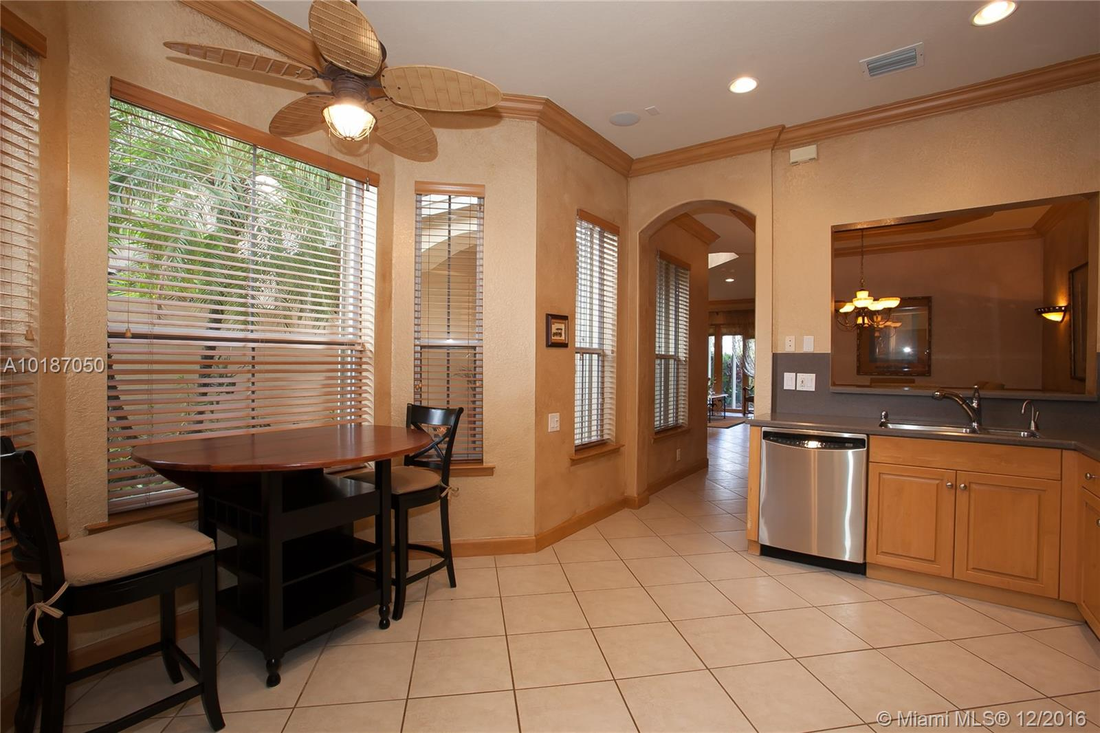 937 Harbor view n-937 hollywood--fl-33019-a10187050-Pic10