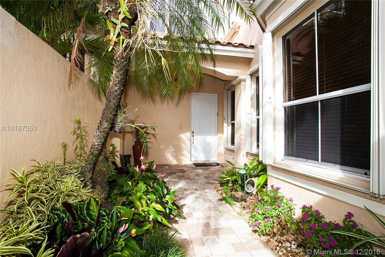 937 Harbor view n-937 hollywood--fl-33019-a10187050-Pic24