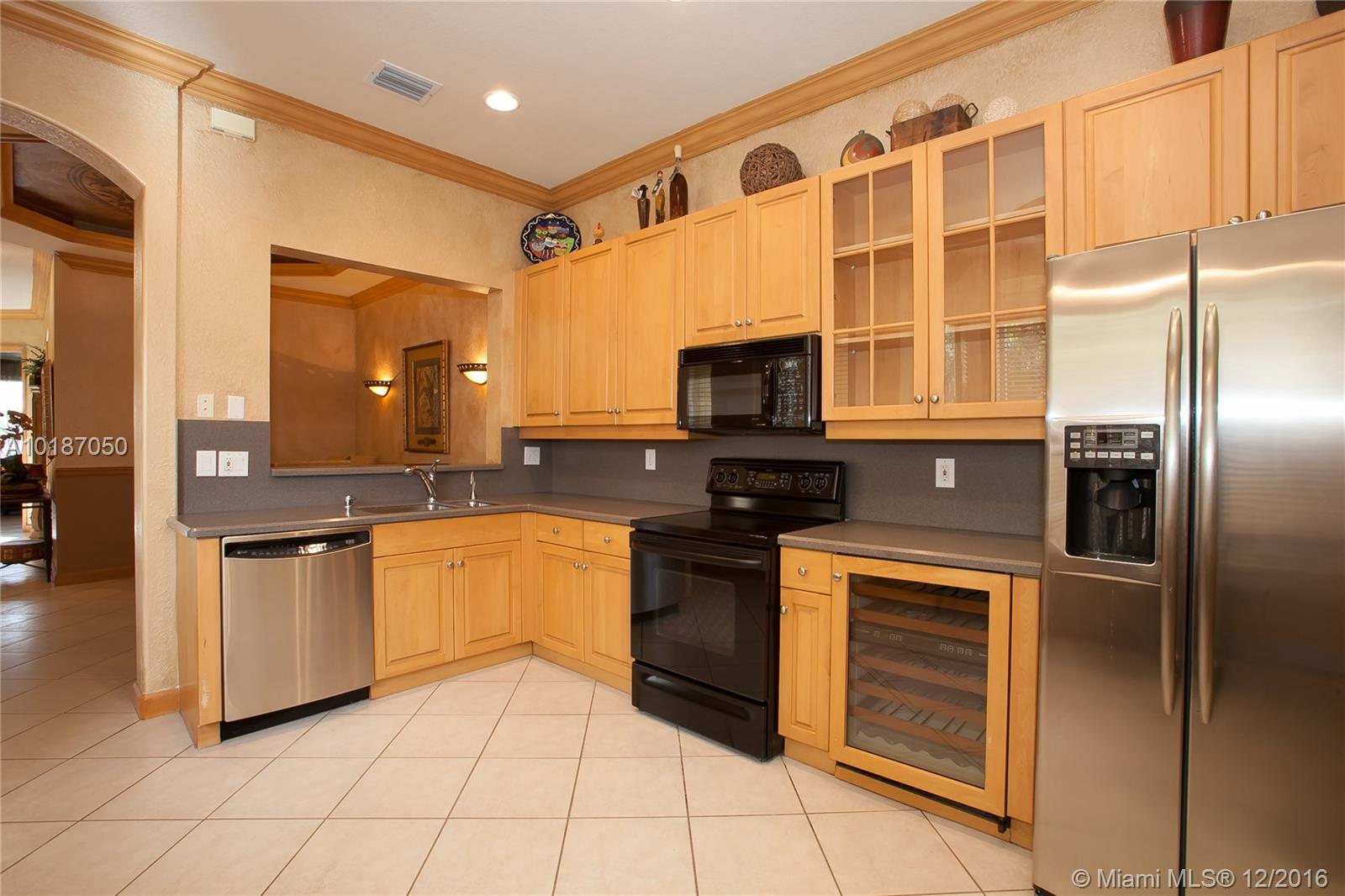 937 Harbor view n-937 hollywood--fl-33019-a10187050-Pic08