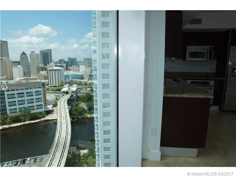 41 5th st-1816 miami--fl-33131-a10234650-Pic01