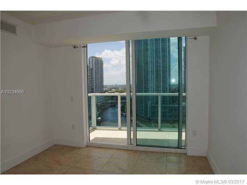 41 5th st-1816 miami--fl-33131-a10234650-Pic12