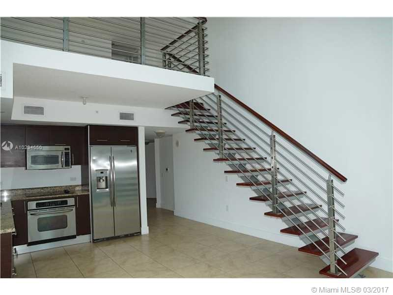 41 5th st-1816 miami--fl-33131-a10234650-Pic02