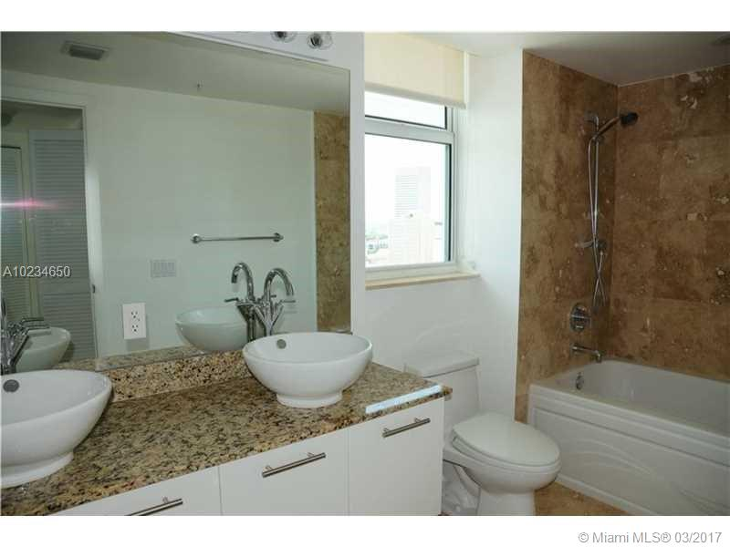 41 5th st-1816 miami--fl-33131-a10234650-Pic07
