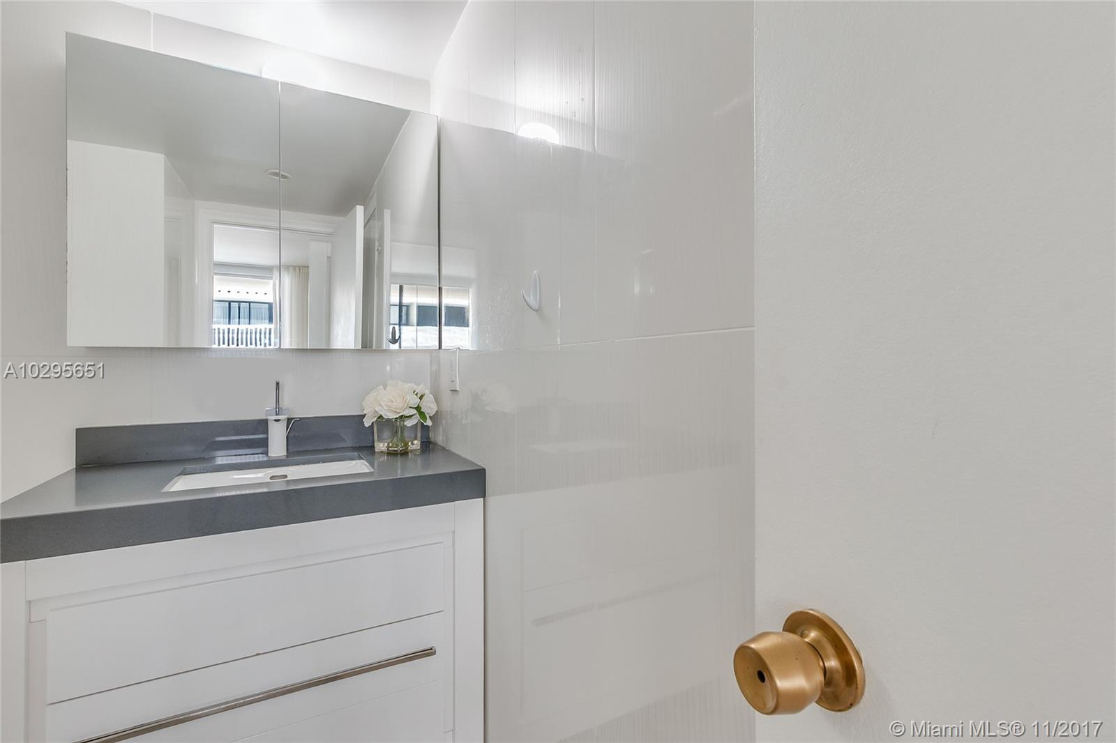 9801 Collins ave-10V bal-harbour--fl-33154-a10295651-Pic11