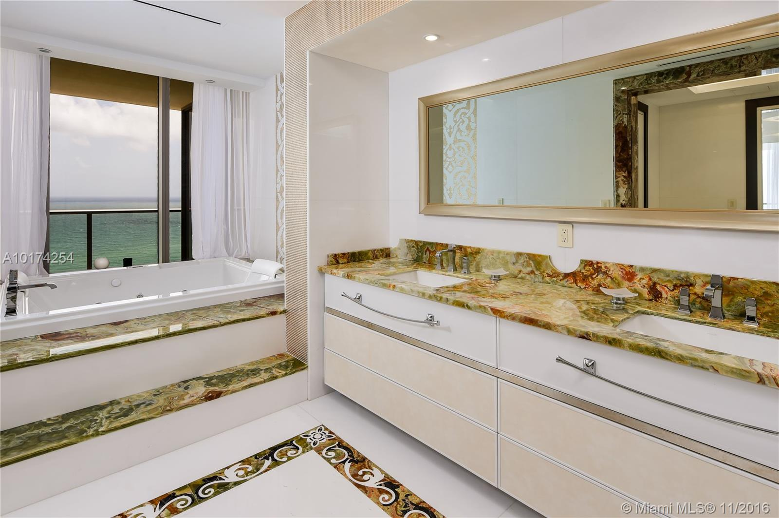 9705 Collins ave-2001N bal-harbour--fl-33154-a10174254-Pic09