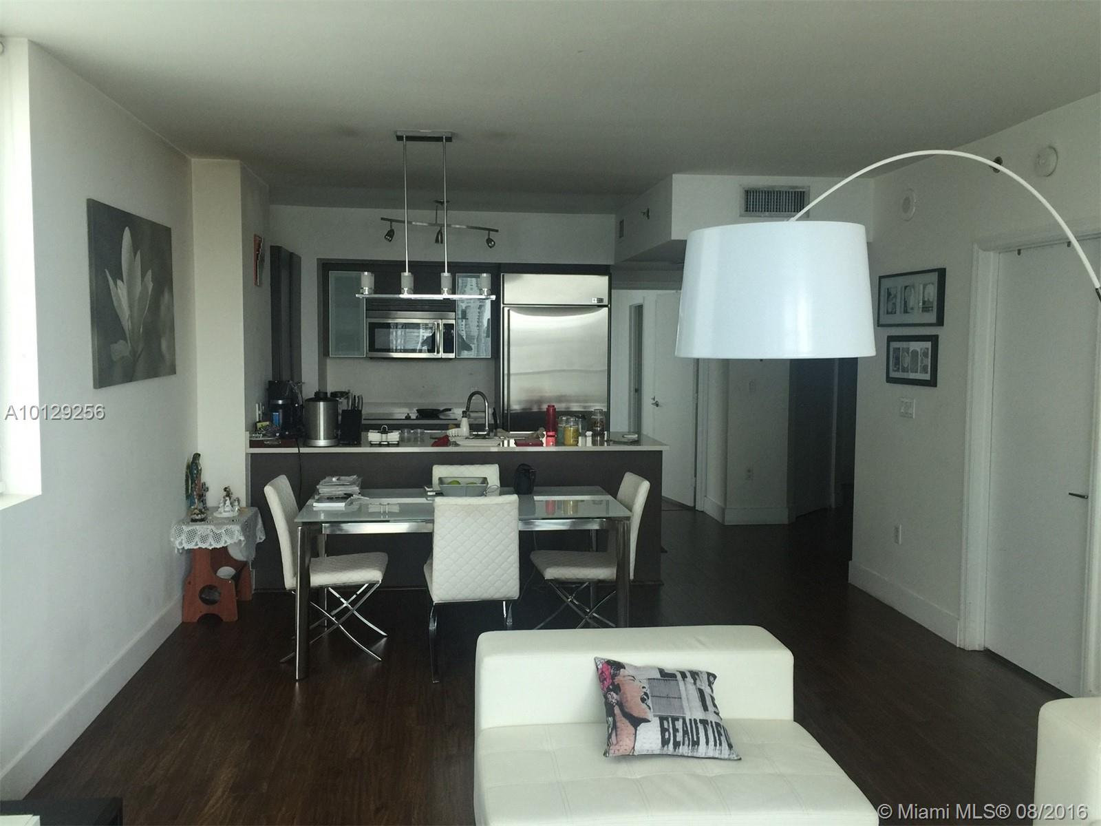 55 6th st-3407 miami--fl-33131-a10129256-Pic08