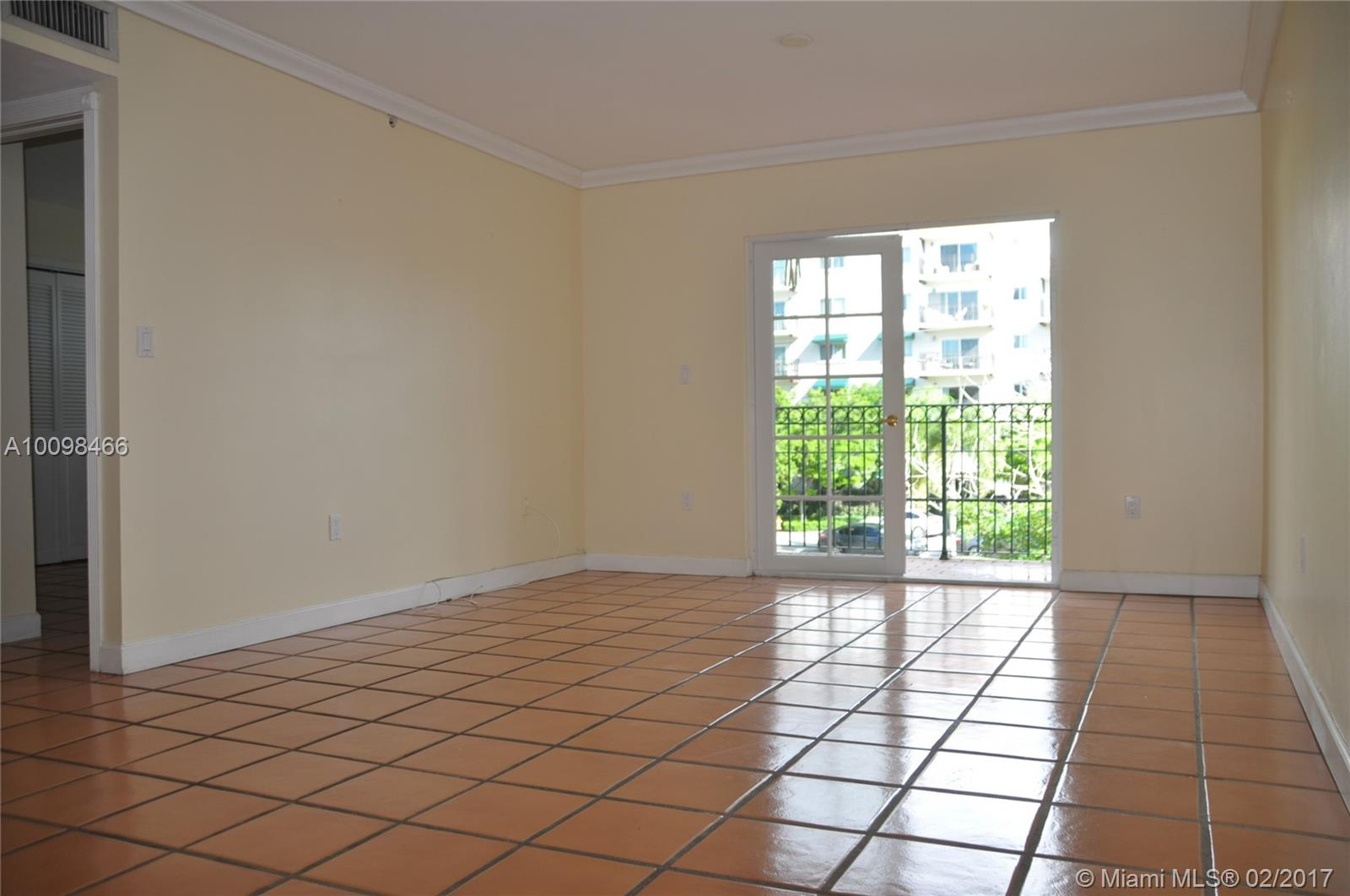 323 Navarre ave-202 coral-gables--fl-33134-a10098466-Pic04