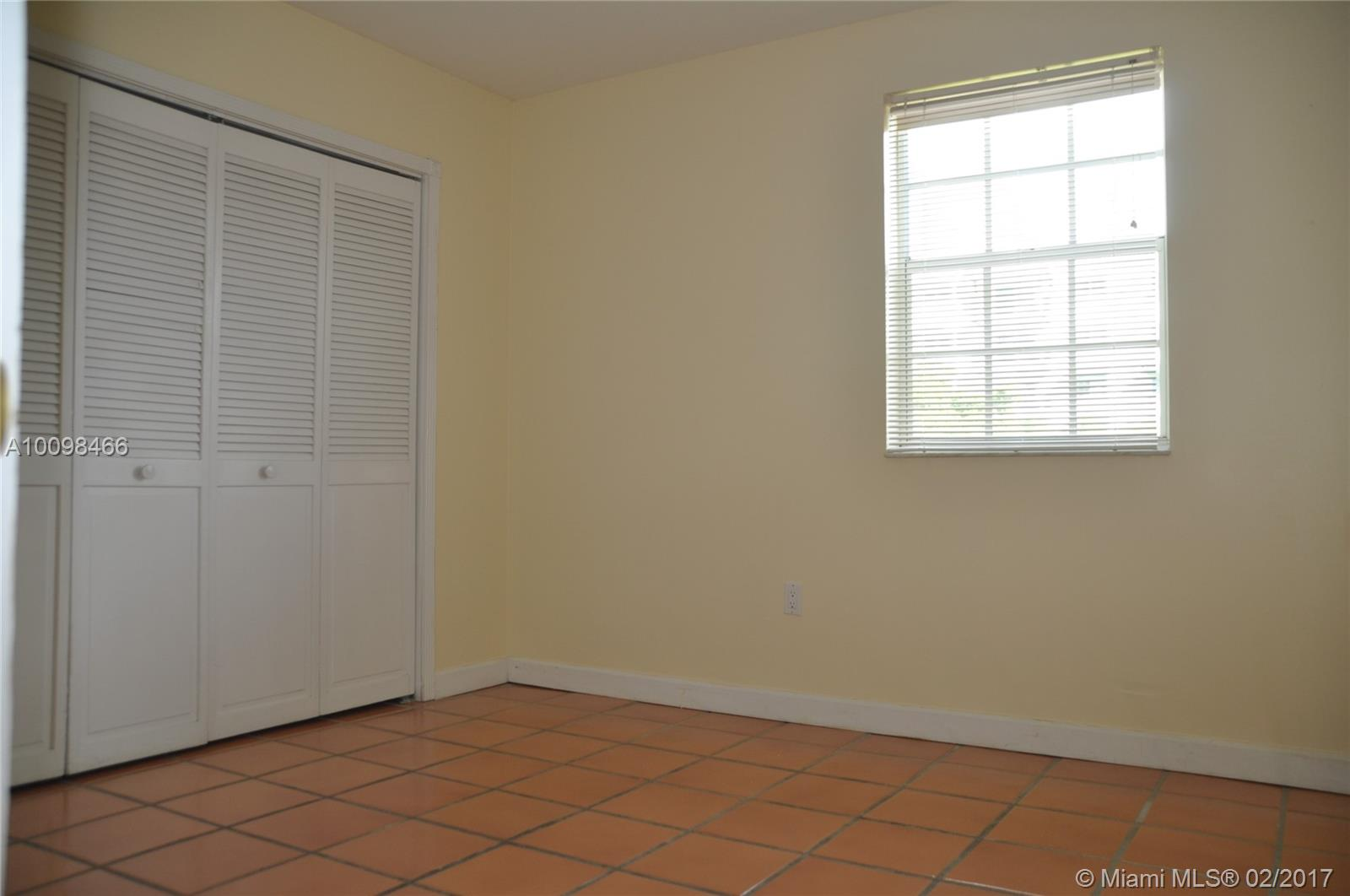 323 Navarre ave-202 coral-gables--fl-33134-a10098466-Pic05