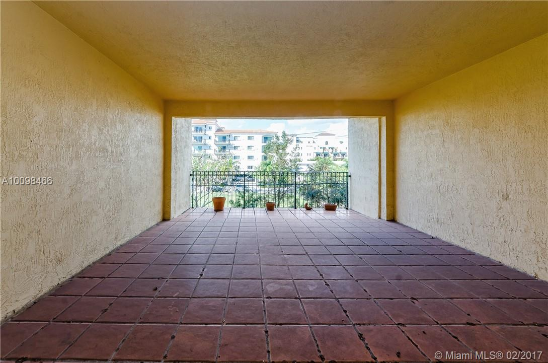 323 Navarre ave-202 coral-gables--fl-33134-a10098466-Pic07
