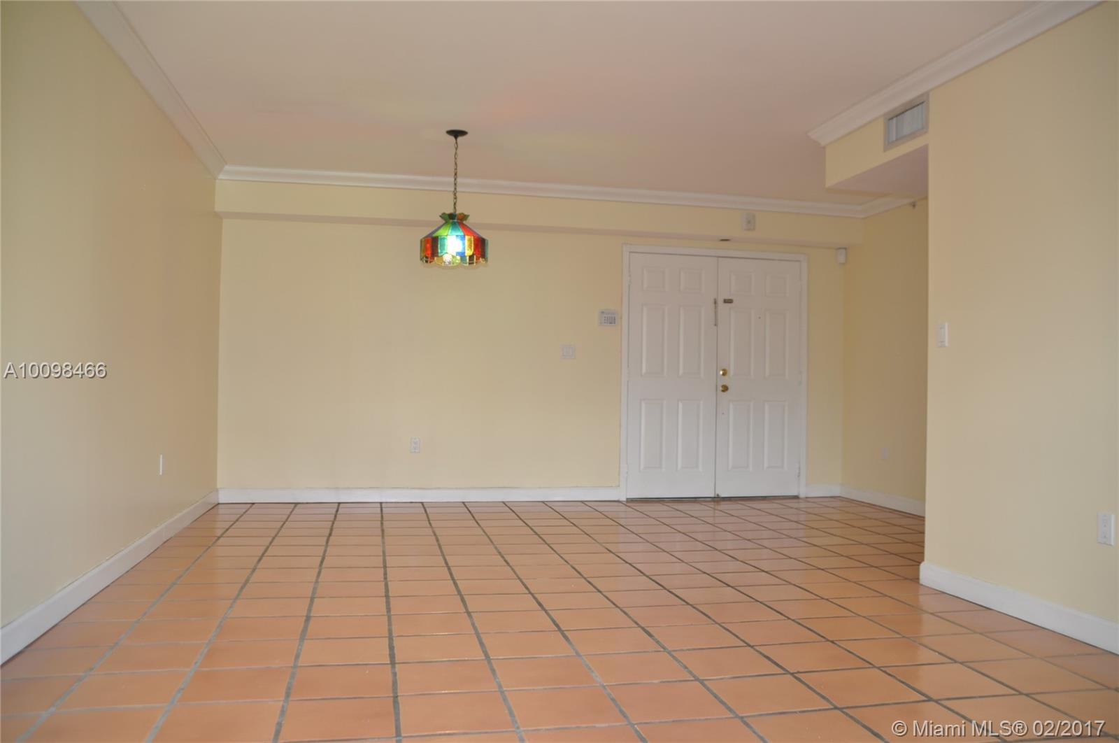 323 Navarre ave-202 coral-gables--fl-33134-a10098466-Pic09