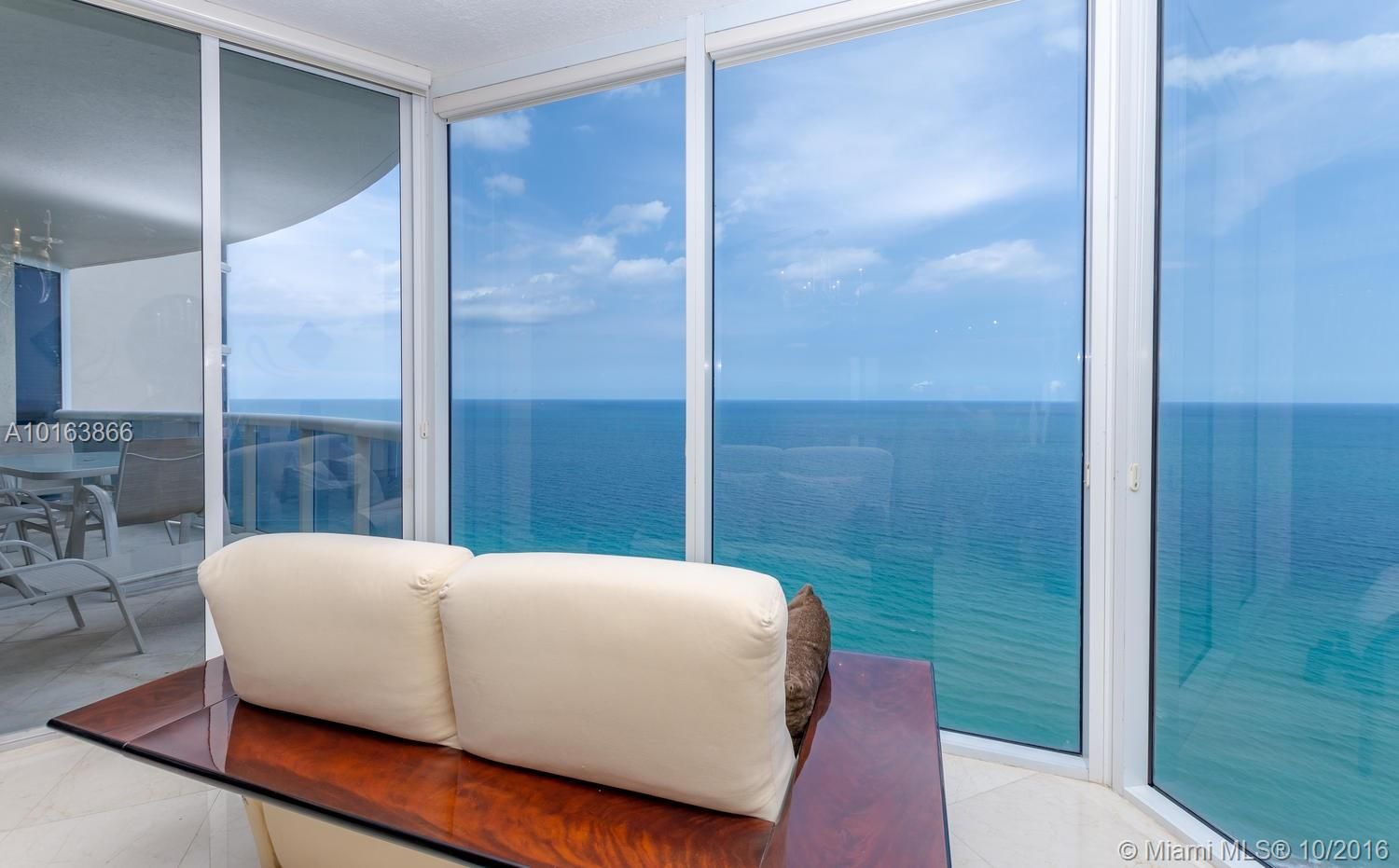 17555 Collins ave-3101 sunny-isles-beach--fl-33160-a10163866-Pic01