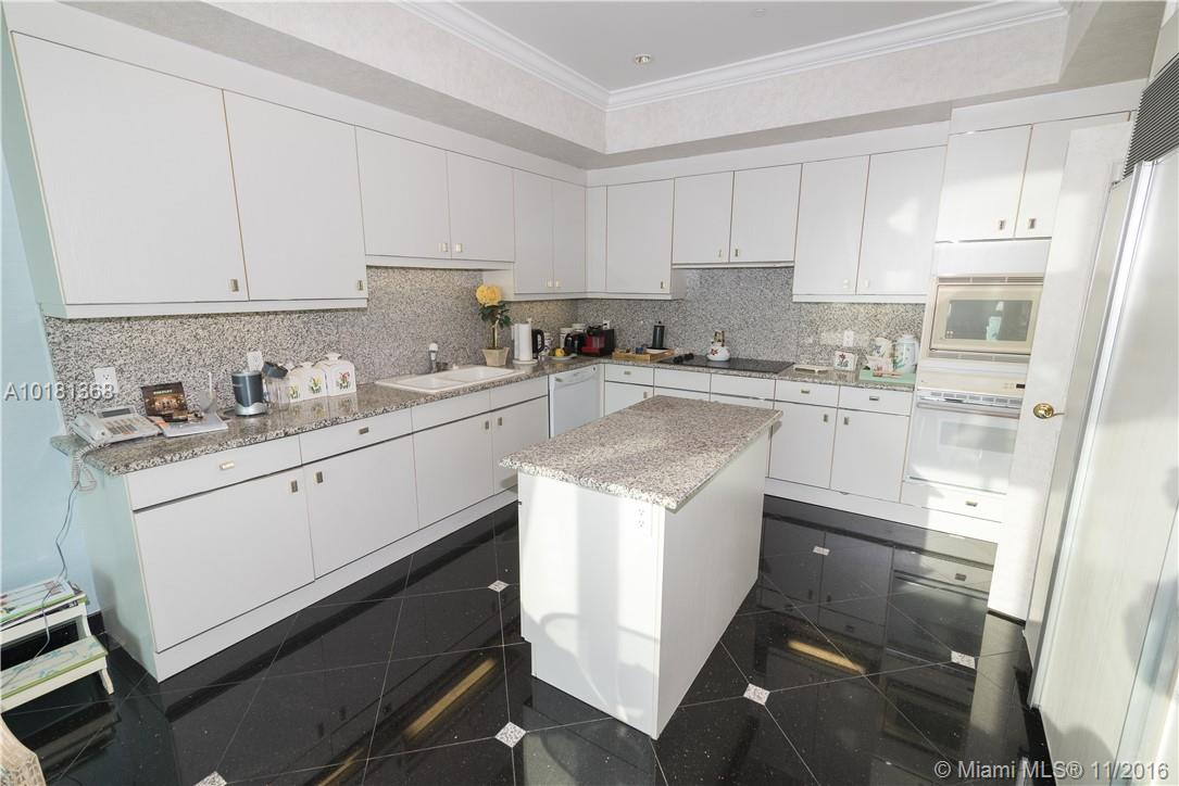 10101 Collins ave-19B bal-harbour--fl-33154-a10181368-Pic10