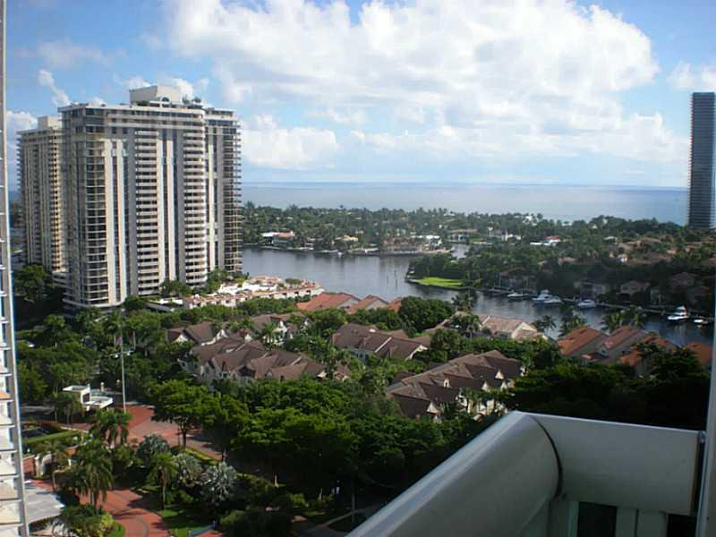 19400 Turnberry wy-1822 aventura--fl-33180-a2122070-Pic01