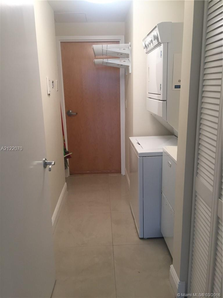 19400 Turnberry wy-1822 aventura--fl-33180-a2122070-Pic10