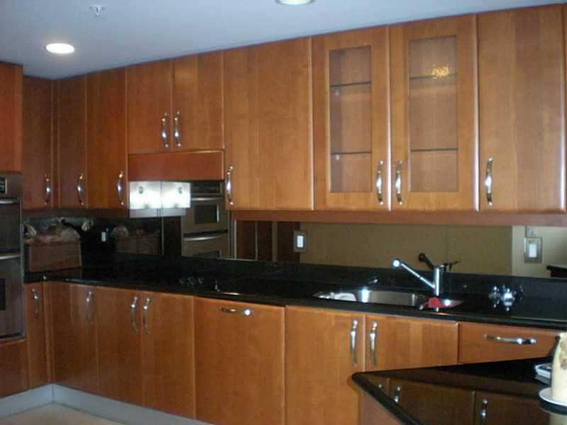 19400 Turnberry wy-1822 aventura--fl-33180-a2122070-Pic02