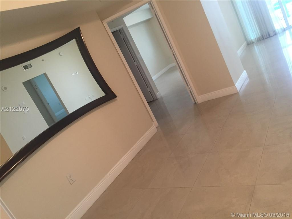 19400 Turnberry wy-1822 aventura--fl-33180-a2122070-Pic04