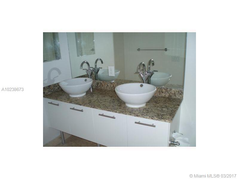 41 5th st-306 miami--fl-33131-a10238673-Pic10