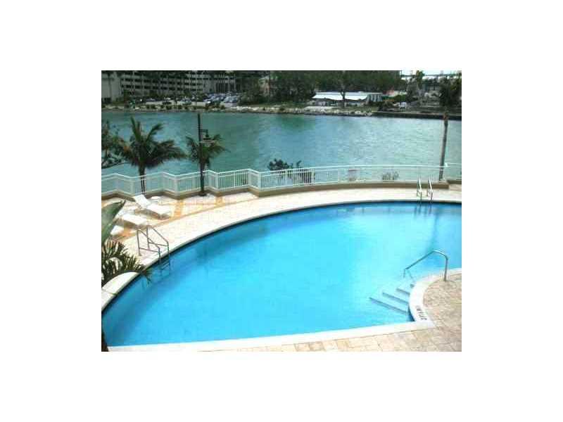 801 BRICKELL KEY BL # PH3303, Miami, FL 33131