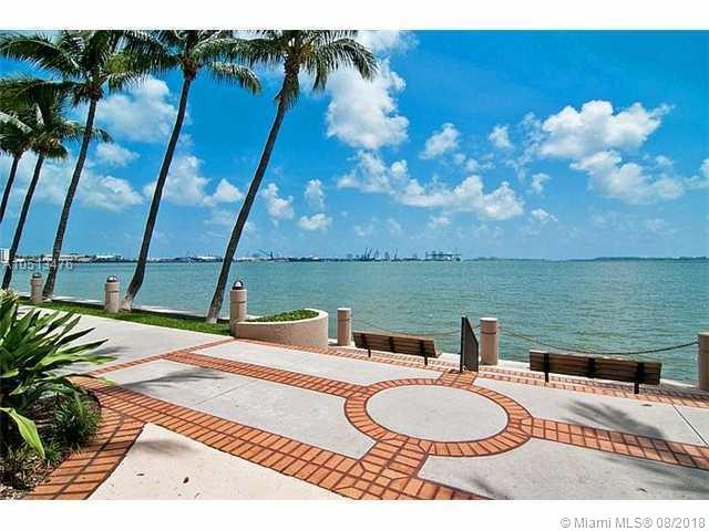 540 Brickell Key Dr #1502, Miami FL, 33131