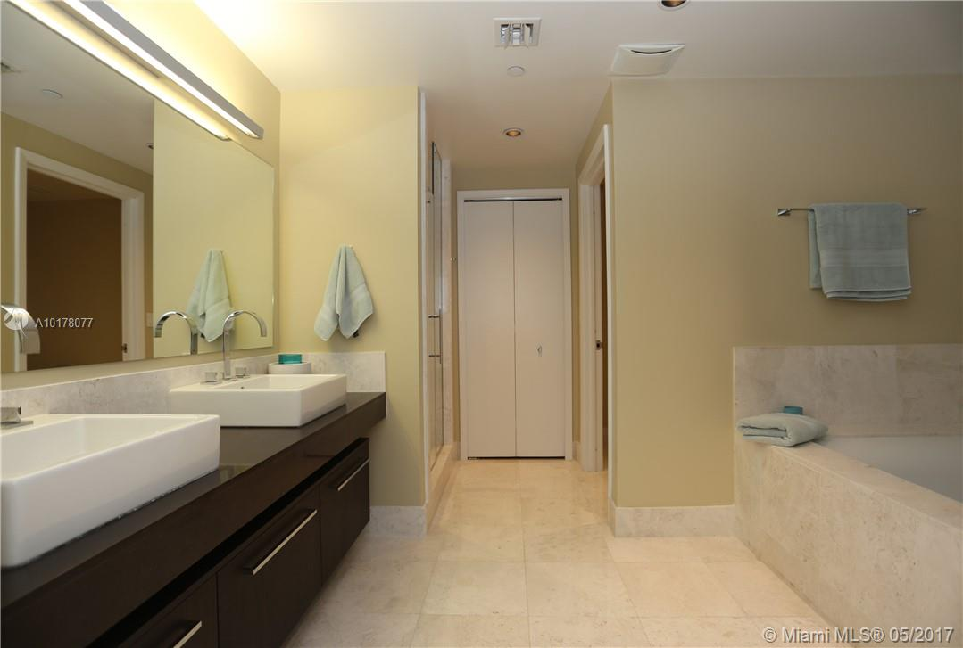 17121 Collins ave-3103 sunny-isles-beach--fl-33160-a10178077-Pic10