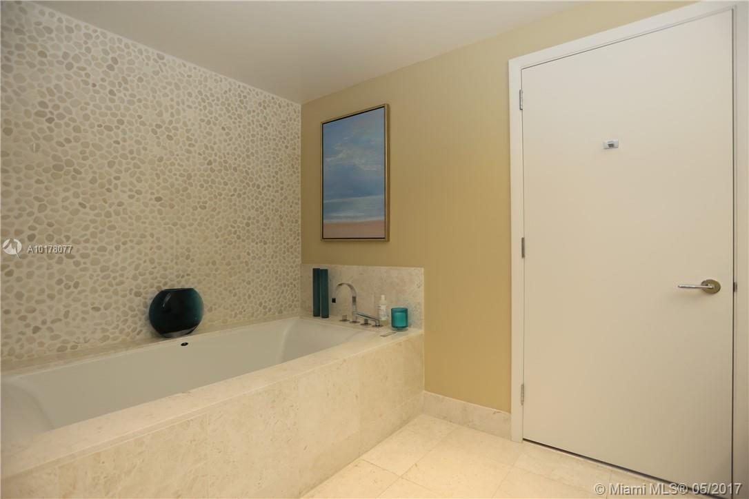 17121 Collins ave-3103 sunny-isles-beach--fl-33160-a10178077-Pic11