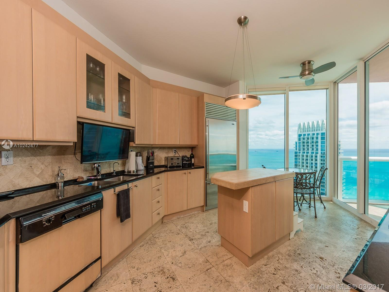 300 Pointe dr-3501 miami-beach--fl-33139-a10242477-Pic07
