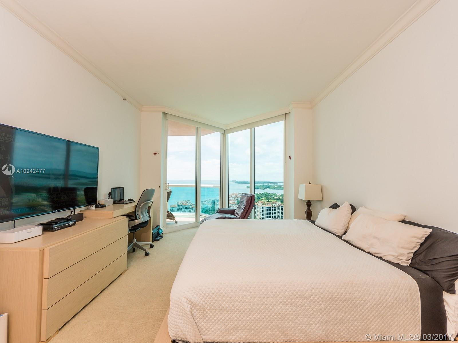 300 Pointe dr-3501 miami-beach--fl-33139-a10242477-Pic09