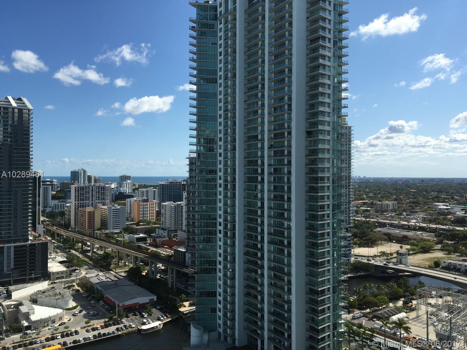 350 Miami av-3110 miami--fl-33130-a10289481-Pic06
