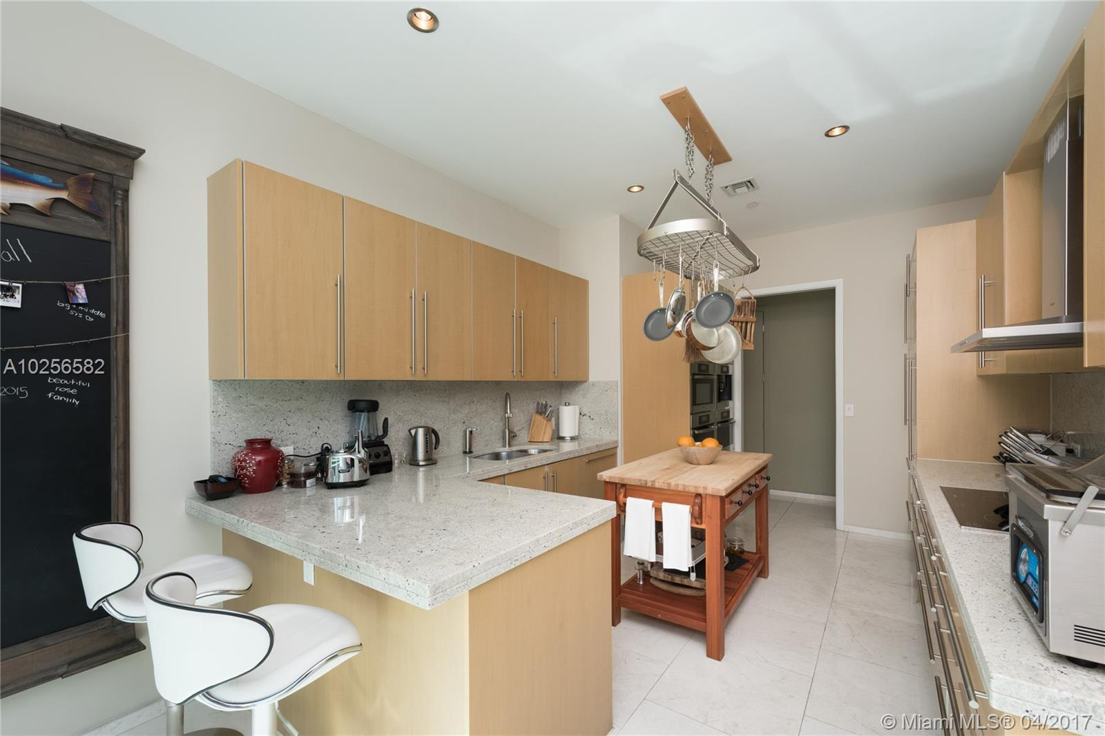 900 Brickell Key Blvd # 4/503, Miami, FL 33131