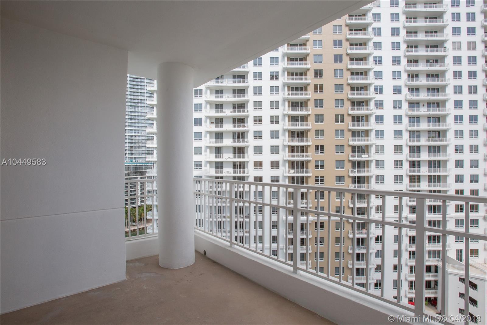 701 Brickell Key Blvd #1505, Miami FL, 33131
