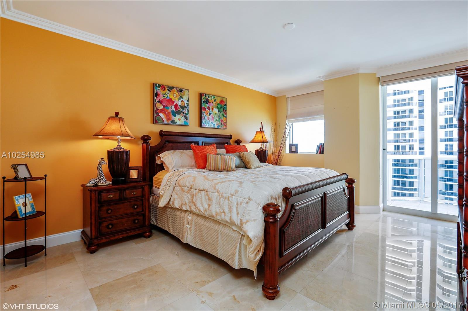 4775 Collins av-2401 miami-beach--fl-33140-a10254985-Pic11