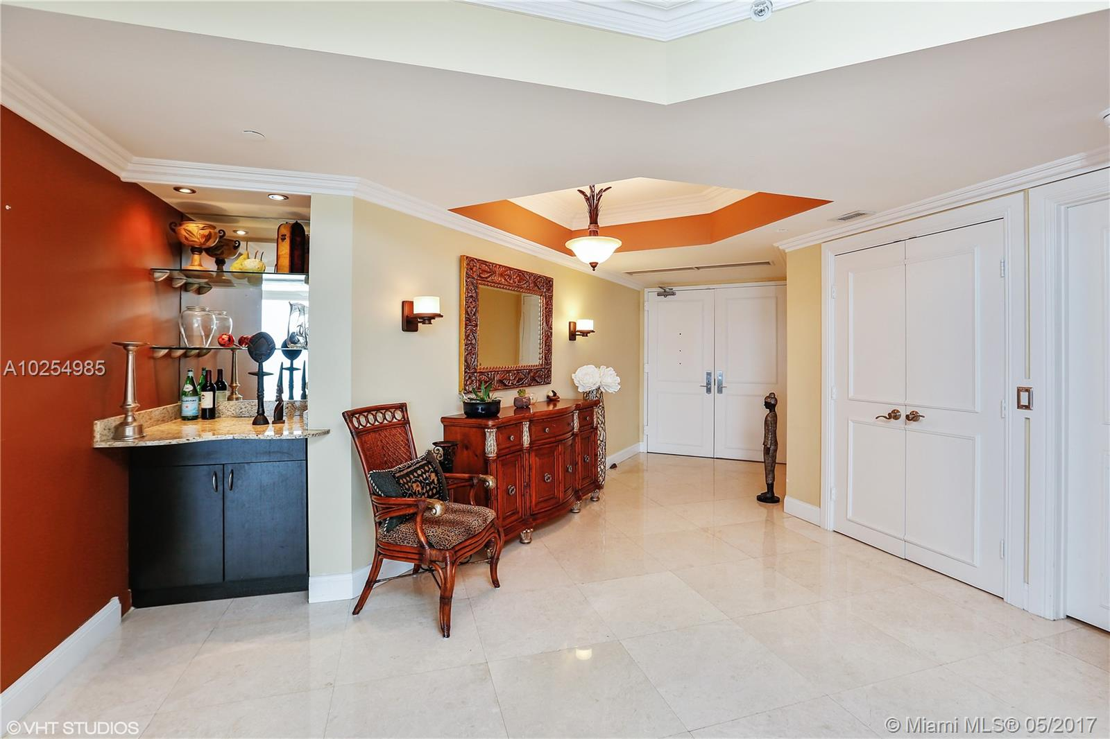 4775 Collins av-2401 miami-beach--fl-33140-a10254985-Pic07