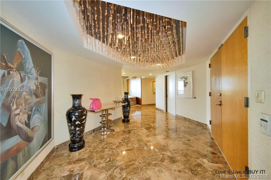 19667 Turnberry way-19GR aventura--fl-33180-a10024486-Pic06