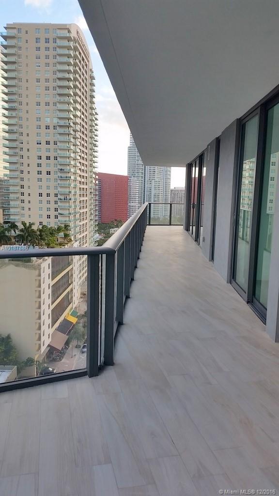 1300 Miami av-1505 miami--fl-33130-a10187886-Pic20