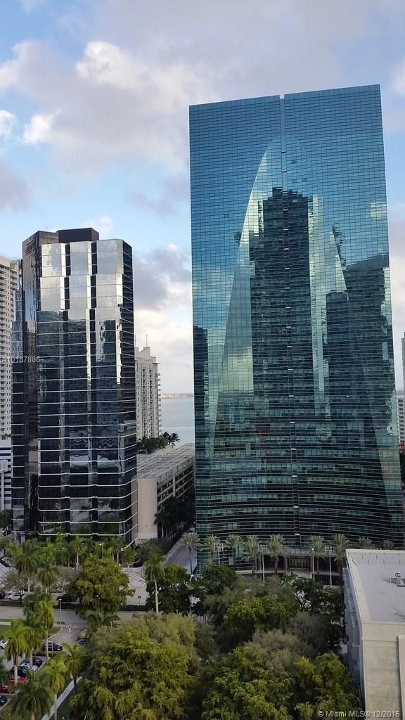 1300 Miami av-1505 miami--fl-33130-a10187886-Pic22