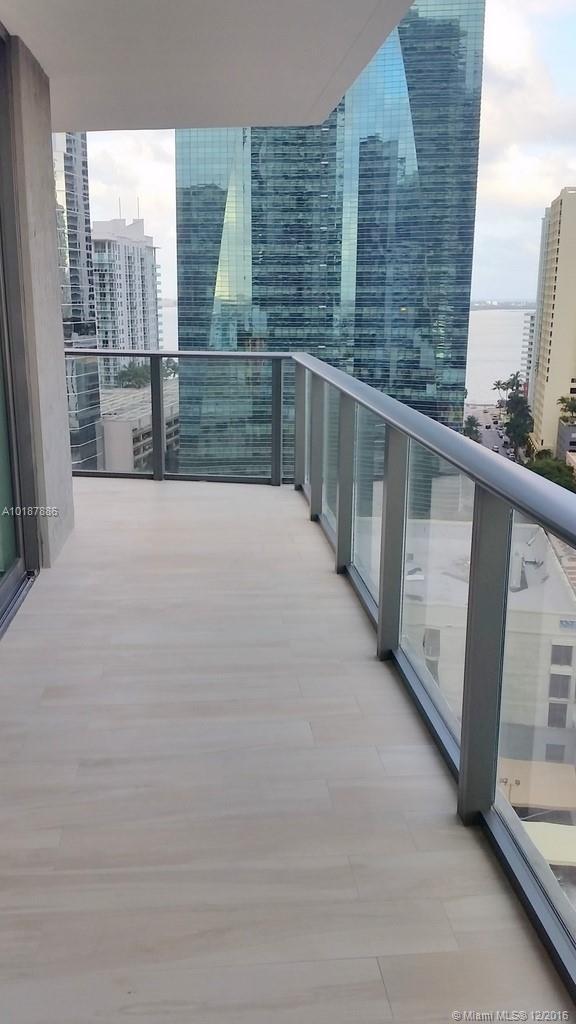 1300 Miami av-1505 miami--fl-33130-a10187886-Pic23