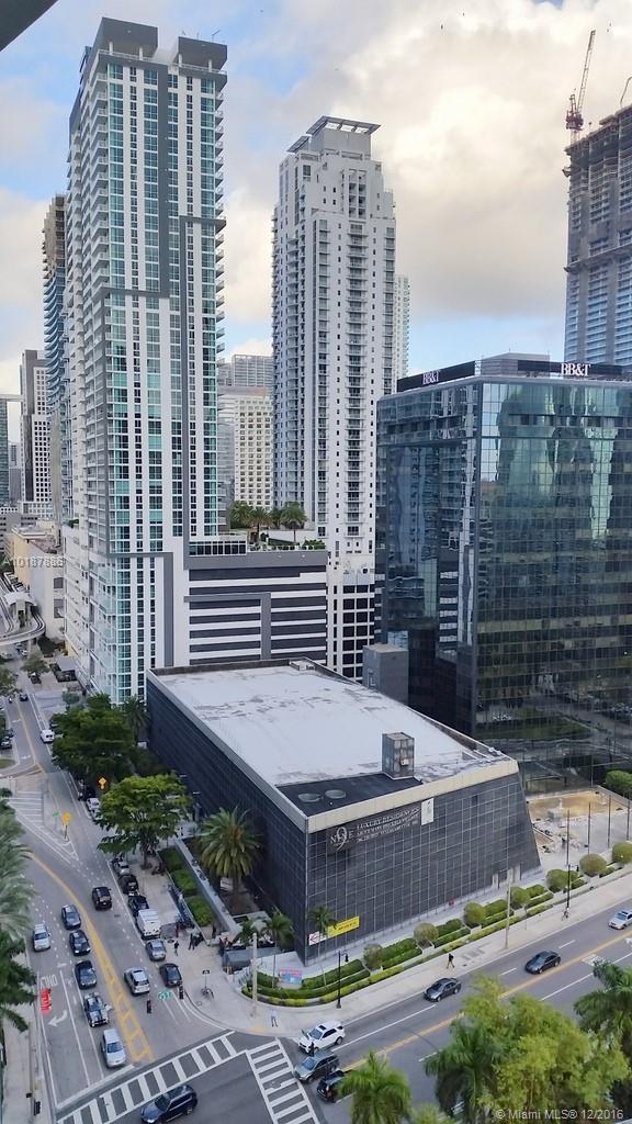 1300 Miami av-1505 miami--fl-33130-a10187886-Pic24