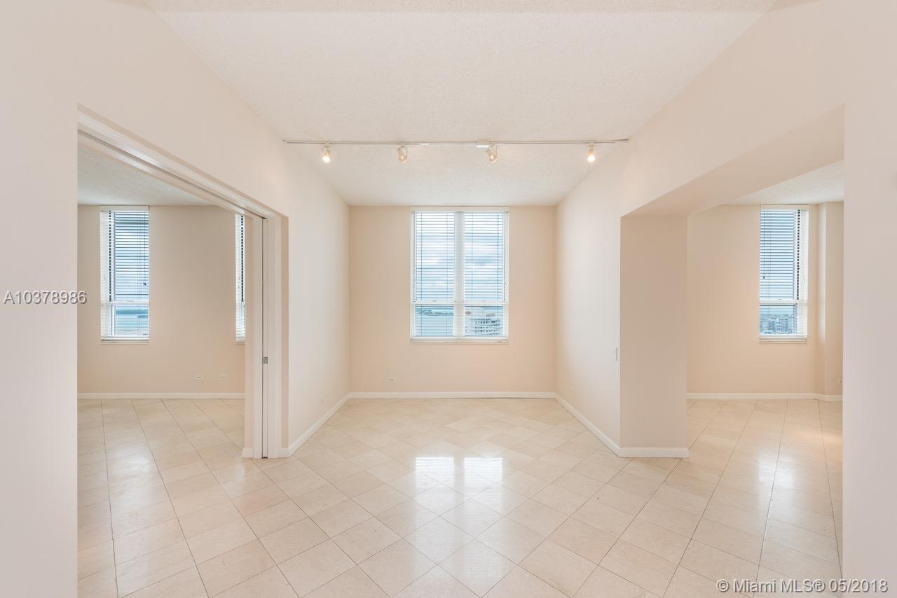 701 Brickell Key Blvd #PH-12, Miami FL, 33131