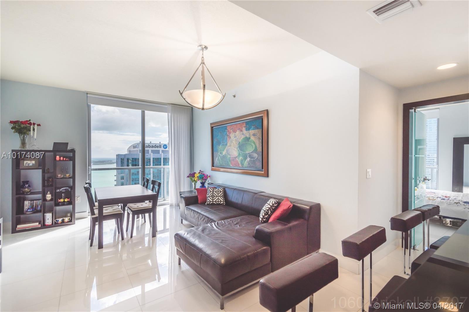 1060 Brickell Ave, 3707 - Miami, Florida