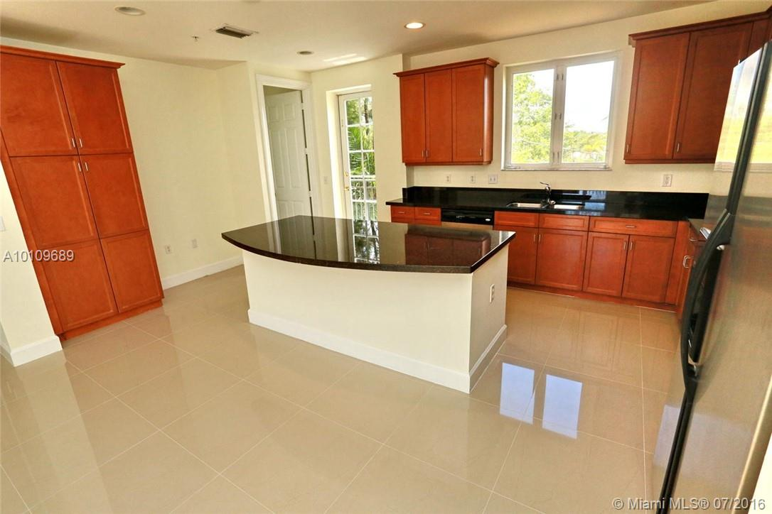 3921 Coral heights way-1003 oakland-park--fl-33308-a10109689-Pic05