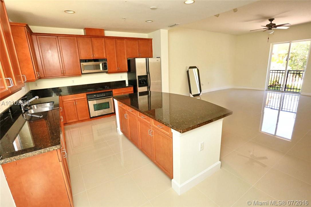 3921 Coral heights way-1003 oakland-park--fl-33308-a10109689-Pic07