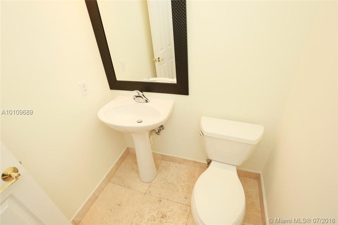 3921 Coral heights way-1003 oakland-park--fl-33308-a10109689-Pic09