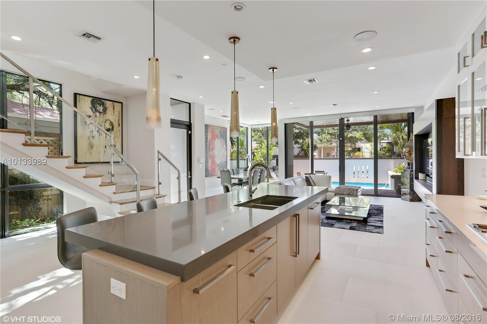 12 13th ave-. fort-lauderdale--fl-33301-a10133989-Pic06