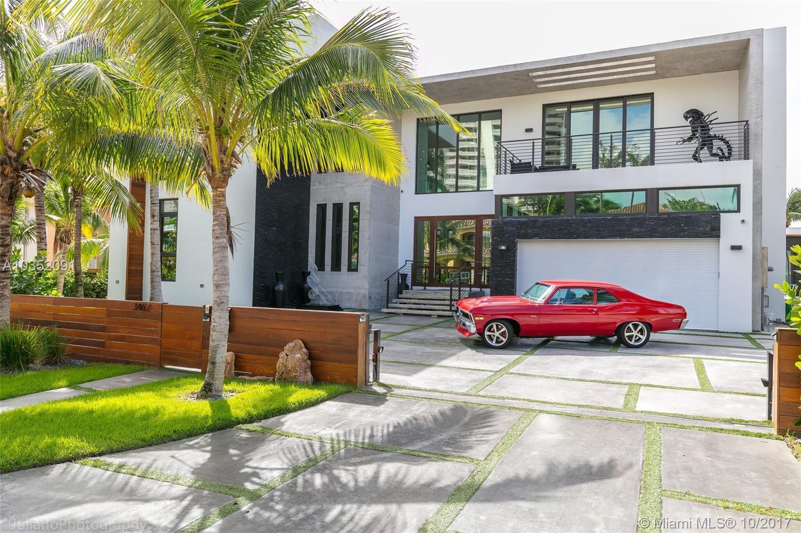 3462 NE 171st St - North Miami Beach, Florida