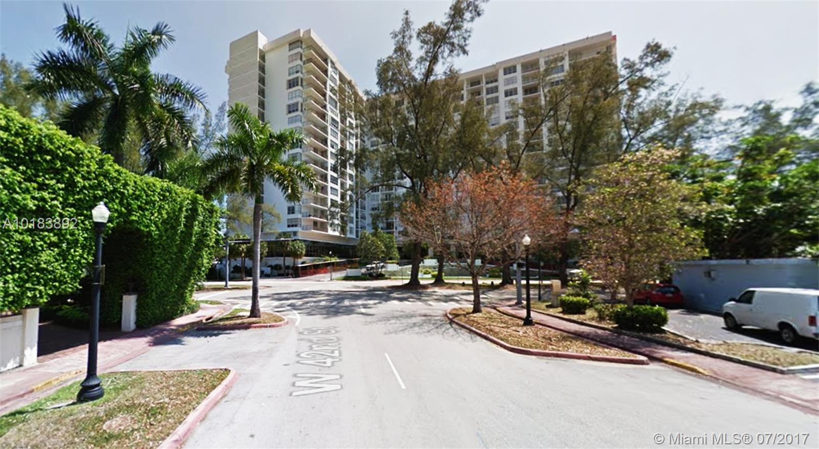 4101 Pine tree dr-1402 miami-beach--fl-33140-a10183892-Pic02