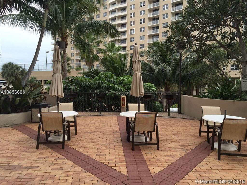 520 Brickell Key Dr #A1210, Miami FL, 33131